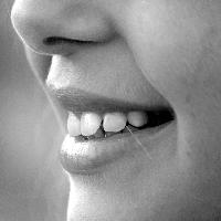 preparat eteryczny na piękny uśmiech